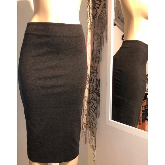 4792fa10a3 Vince Camuto Skirts | Gray Xs Pencil Skirt Like New | Poshmark